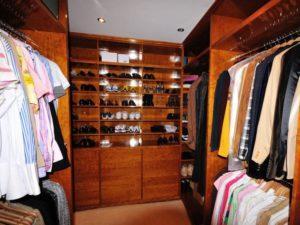 Walk in Wardrobe 5