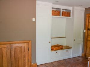 Modern Scullery Sorting Bench